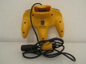 Manette Nintendo 64 Jaune Inside 2