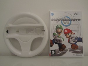Mario Kart Wii + Wii Wheel Inside 1