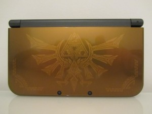 New 3DS XL Hyrule Inside 1