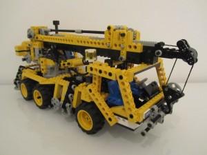 Pneumatic Crane Truck A1