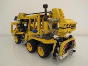 Pneumatic Crane Truck A2
