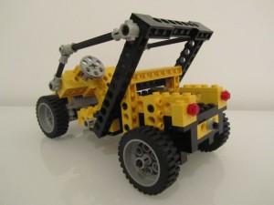 Robot B2